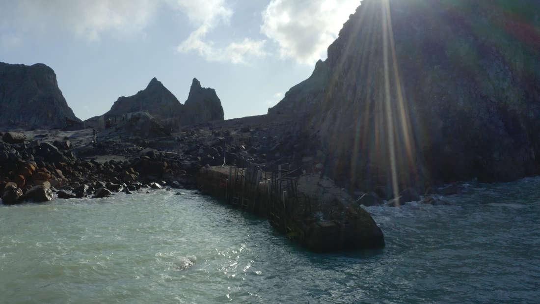 The-Eruption-White-Island-Whakaari-jetty